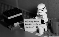 help_for_a_stormtrooper-wallpaper-1280x800