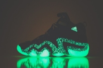 adidas-crazy-8-nightmare-before-christmas-1