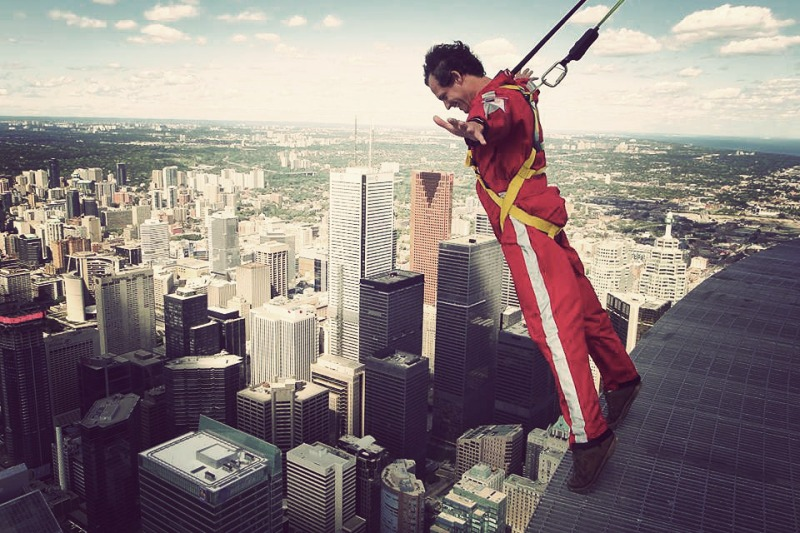 cn-tower-edgewalk-1