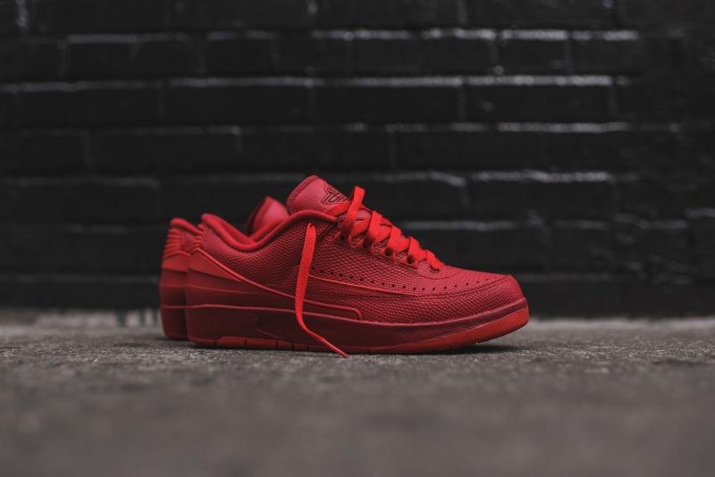 Air_Jordan_2_Low_-_Red_1