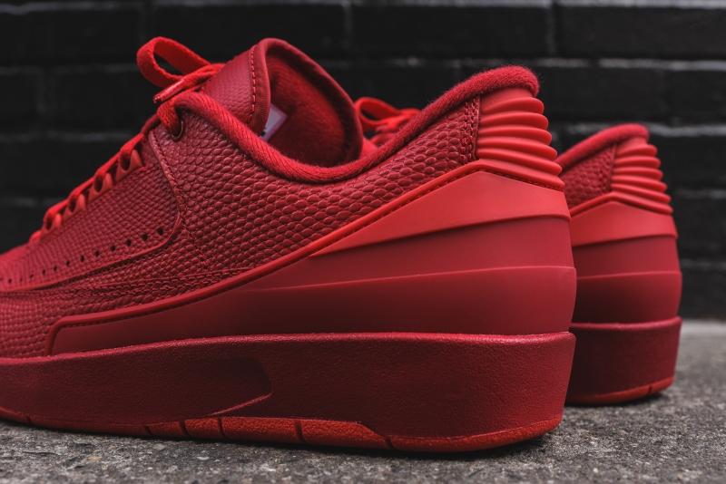 Air_Jordan_2_Low_-_Red_7