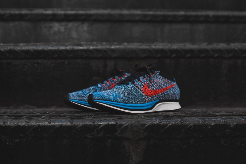 Nike_Flyknit_Racer_-_Blue_Red_3