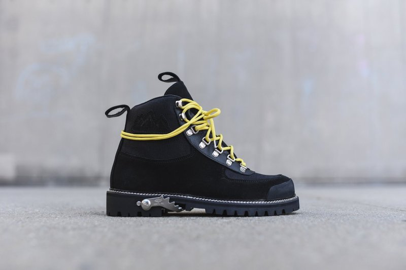 off_white_boots_hiking_codura_black_9293_1160x-progressive